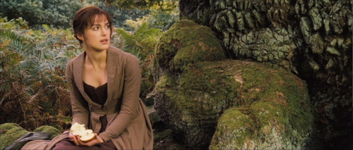 What are some comparisons between Elizabeth Bennet and her mother?